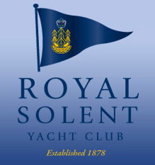 The_RSYC_is_located_on_the_seafront_next_to_Yarmouth_Pier_overlooking_the_Western_Solent